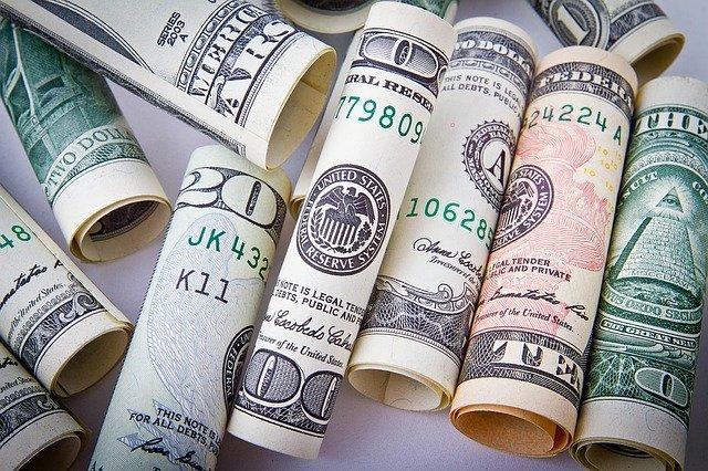 Czym jest rolowanie pożyczki?