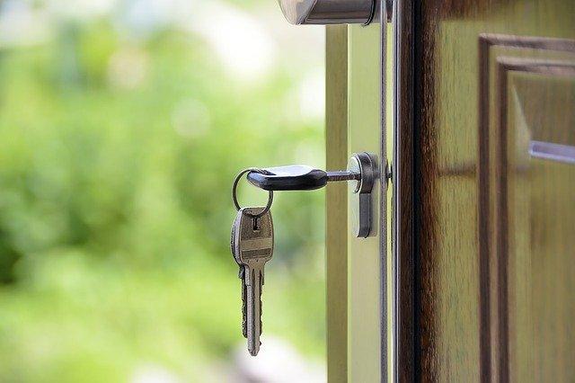 Kredyt na nieruchomość – jak firma może uzyskać taki kredyt?