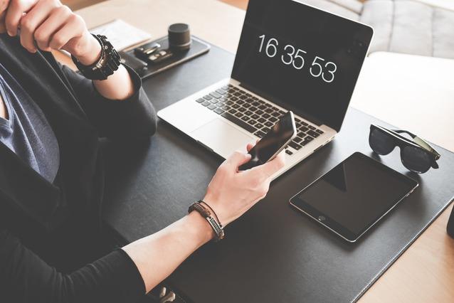 Chwilówka online bez przelewu grosza: jakie firmy ją oferują? Jak działa i co warto wiedzieć o pożyczkach online bez przelewu?